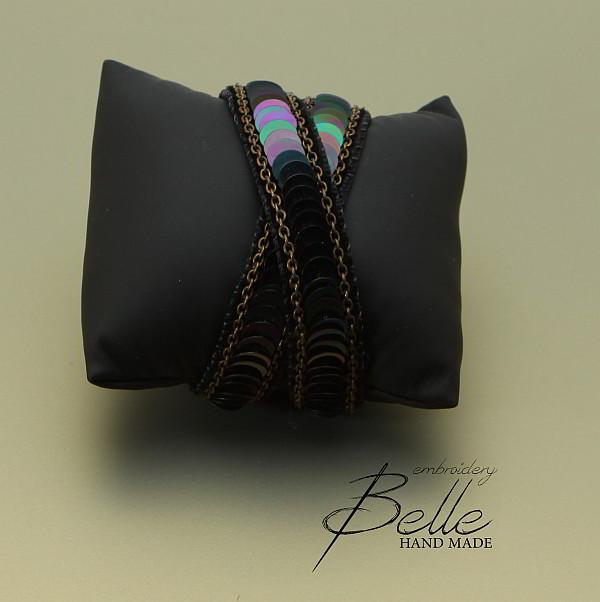 Dubbele velour armband met pailletten en schakelketting